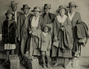Photo of black Florida family from 1920s