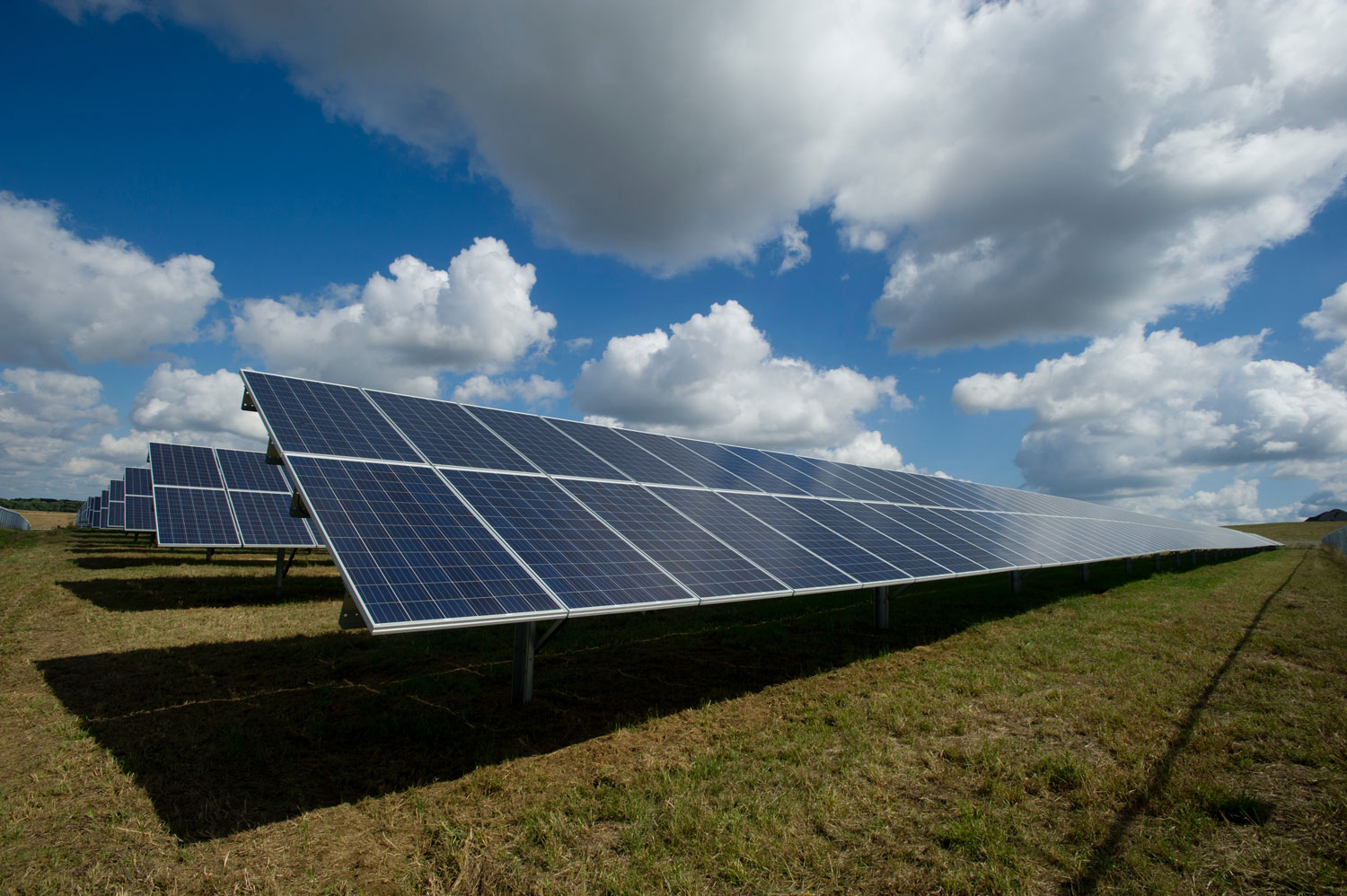 LAND-JOURNAL-Blog-Awareness-What Makes A Property Ideal for a Florida Solar Farm [VIDEO]-2019